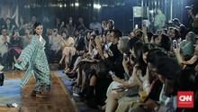 FOTO: Garis Peranakan dalam Koleksi Bramanta Wijaya