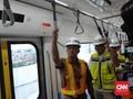 Pembangunan MRT Fase II Molor, Anies Lempar Bola ke Setneg