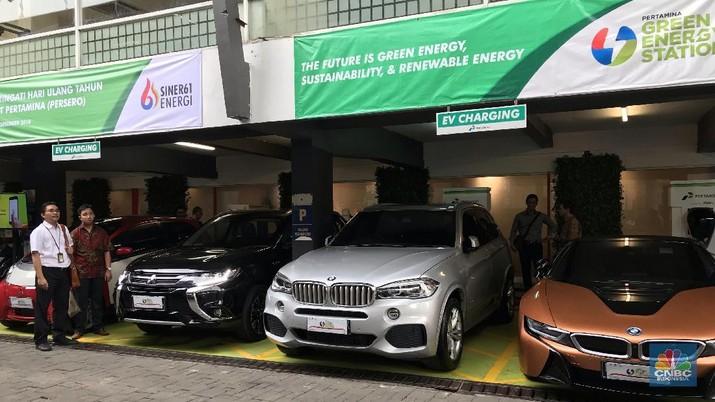 Jakarta Ada Pom Listrik, Isi Daya Mobil Tesla Cuma 15 Menit
