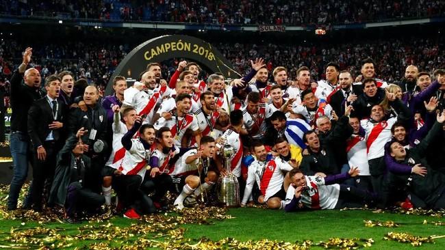 Copa Libertadores 2018 menjadi gelar yang keempatRiver Plate setelah 1986, 1996, dan 2015. River Plate total sudah enam kali tampil di final Copa Libertadores tetapi gagal menjadi juara pada tahun 1966 dan 1976. (REUTERS/Juan Medina)