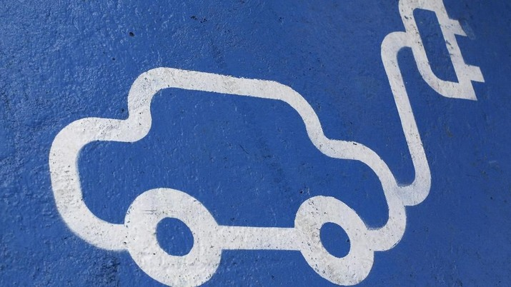 Selangkah Lagi, Pajak Barang Mewah untuk Mobil Listrik 0%!