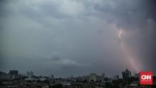 BMKG Wanti-wanti Waspada Potensi Cuaca Ekstrem hingga 2 Mei