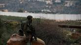 Sejumlah tokoh lain menganggap Netanyahu memanfaatkan penemuan terowongan ini untuk menangkis kritikus yang menganggap dia gagal menghentikan ancaman tembakan roket dari Hamas di perbatasan dekat Jalur Gaza. (Reuters/Ronen Zvulun)