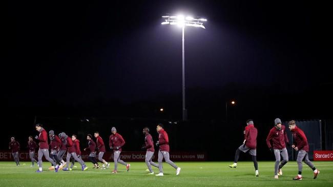 Liverpool bersiap menyambut Napoli dalam matchday keenam Liga Champions 2018-19. (Reuters/Carl Recine)
