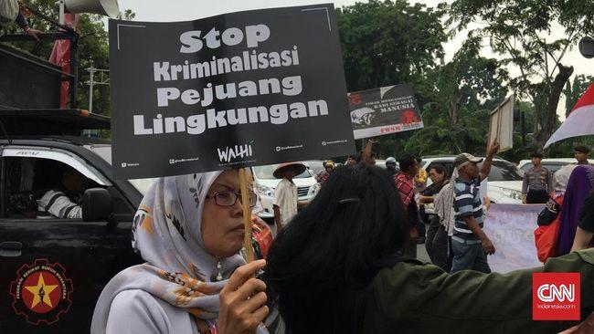 Walhi Demo Jokowi soal Kriminalisasi Pejuang Lingkungan