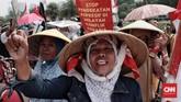 Manajer kampanye Walhi Wahyu Perdana menyatakan dalam catatan mereka ada 723 kasus kriminalisasi menimpa masyarakat yang tengah memperjuangkan hidupnya terkait kondisi lingkungan. (CNN Indonesia/Andry Novelino)