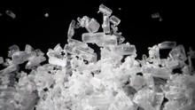 Iming-iming Tiket Murah, Turis Nyaris Jadi Kurir Narkoba