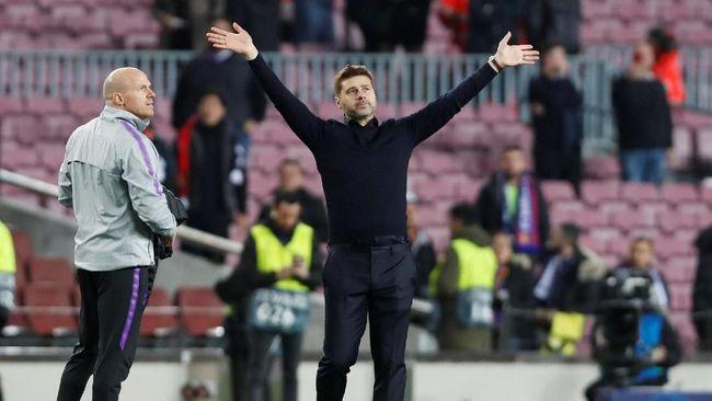 Emery Yakin Pochettino Tak Tergoda Manchester United