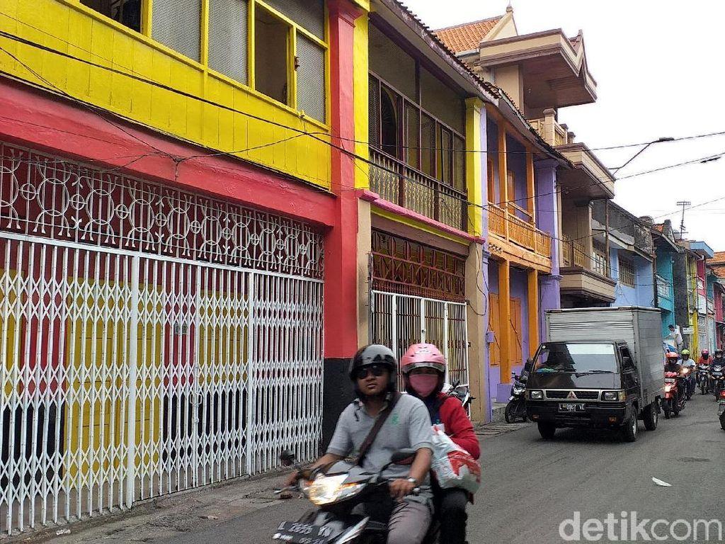 Ceria, Kota Tua Surabaya Kini Lebih Berwarna