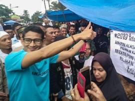 Tim Jokowi Risih Lihat Sandiwara Sandi Ditolak Pedagang Pasar