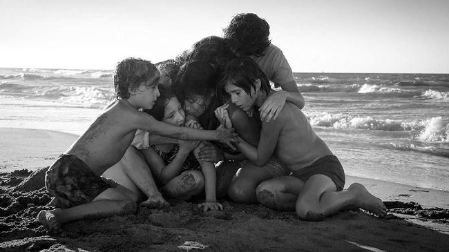 'Roma' Film Berbahasa Asing Terbaik Golden Globe Awards 2019