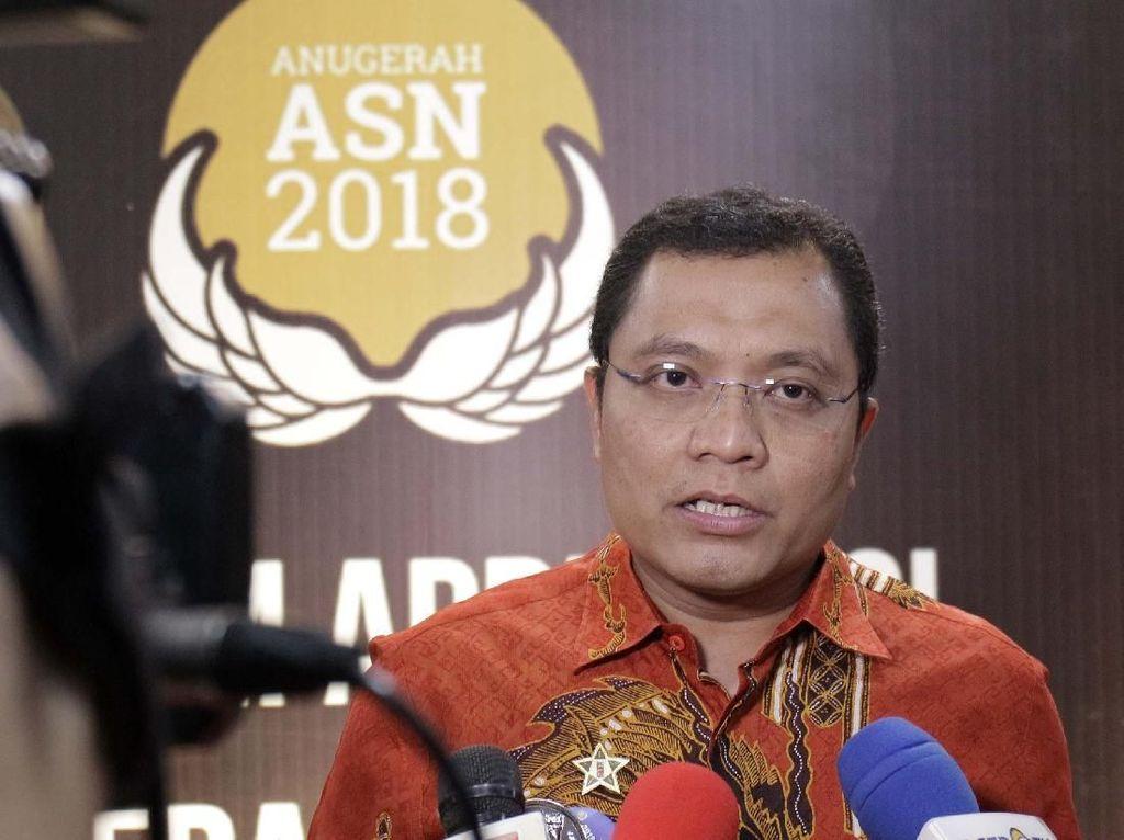 Kepala Dinas PTSP DKI Jakarta Raih Anugerah ASN 2018