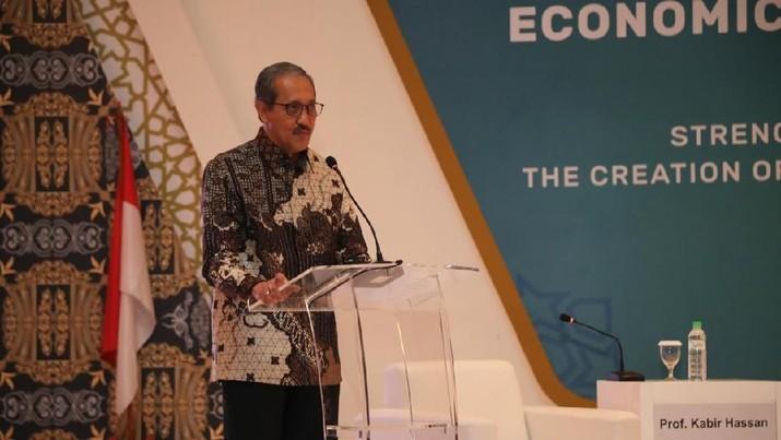 Fundamental industri keuangan syariah tetap kuat di tengah gejolak ekonomi global.