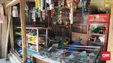 Ibu Terduga Pemukul TNI: Warung Hancur, Uang Rp3 Juta Raib
