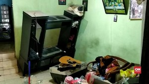 VIDEO: Massa Geruduk Rumah Terduga Pemukul Anggota TNI