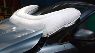 ZF: 'Airbag' di Bodi Luar Mobil Kurangi Cedera Penghuni Kabin