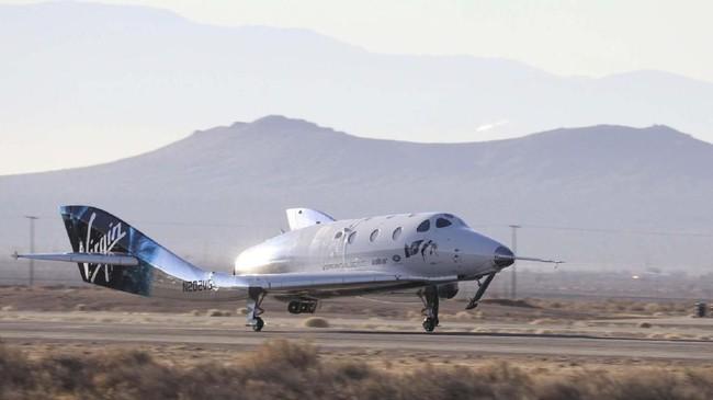 Pada 2014, percobaan terbang pertama Virgin Galactic gagal dan membunuh seorang pilot serta melukai seorang lainnya.(REUTERS/Gene Blevins)