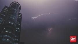 BPBD Prediksi DKI Jakarta Hujan Petir Sore Ini