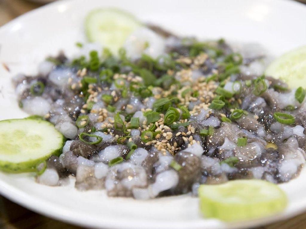 Korsel Punya Pasar yang Sajikan Seafood Segar Untuk Dimakan Hidup-hidup