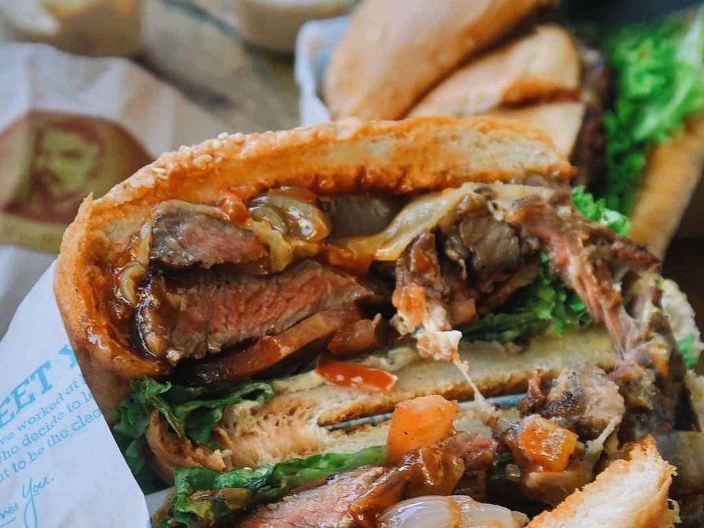 Pencinta Burger! 5 Tempat Ini Punya Burger Juicy Terenak di Dunia