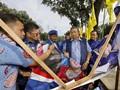 Hinca: Perusak Bendera Demokrat di Riau Dibayar Rp100 Ribu