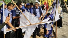 Kronologi Penangkapan Perusak Bendera Demokrat di Pekanbaru