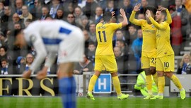 Chelsea Kalahkan Brighton & Hove Albion, Arsenal Tumbang