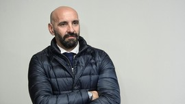 Direktur Sepak Bola AS Roma Diklaim Tolak Man United