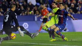 Barcelona Kalahkan Levante 5-0, Messi Hattrick