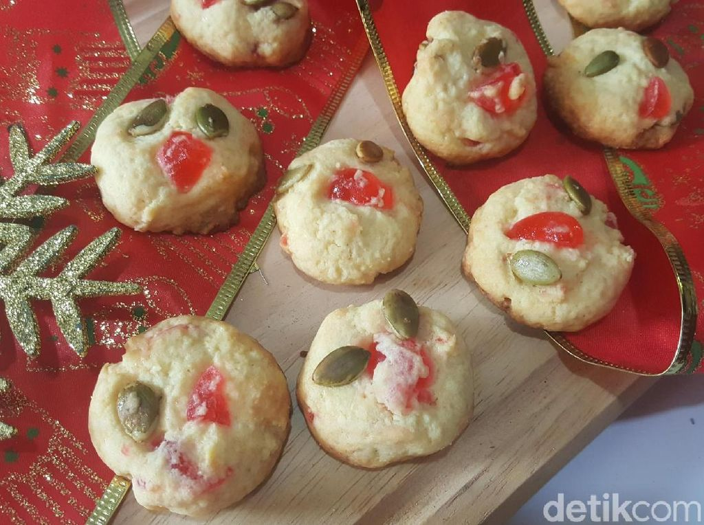 Resep Kue : Cherry and Pumpkin Seed Cookies