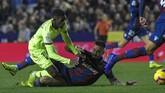Ousmane Dembele yang bermasalah dengan kedisiplinan dipercaya oleh Ernesto Valverde di laga lawan Levante.(Photo by JOSE JORDAN / AFP)