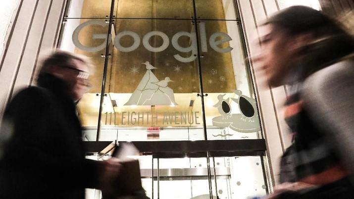 Google menggratiskan layanan aplikasi rapat online miliknya Hangout Meet hingga 30 September 2020 di tengah wabah corona covid-19.