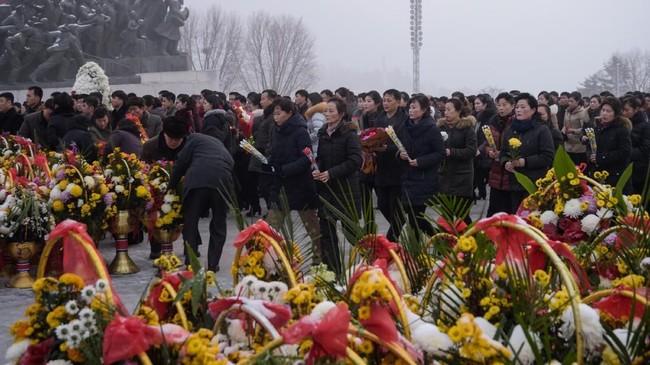 Awalnya, para pengamat meragukan kemampuan Kim Jong-un sebagai pemimpin negara paling terisolasi di dunia itu. (AFP Photo/Kim Won Jin)