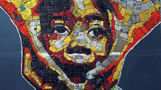 Dengan populasi sekitar 5,5 juta jiwa, Abidjan 'mengumpulkan' sekitar 1,500 sampah elektronik setiap tahunnya. (REUTERS/Luc Gnago)