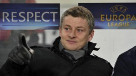 Ole Gunnar Solskjaer Resmi Tangani Manchester United