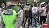 Operasi Trikora yang diperingati massa aktivis Papua itu merujuk pada kegiatan militer di bawah Komando Mandala yang dipimpin Mayjen Soeharto (kemudian menjadi Presiden kedua RI). (CNNIndonesia/Safir Makki)