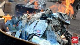 Mendagri Ancam Copot Pejabat Yang Tak Musnahkan e-KTP Rusak