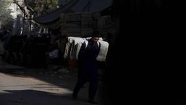 FOTO : Ekonomi Pakistan Anjlok