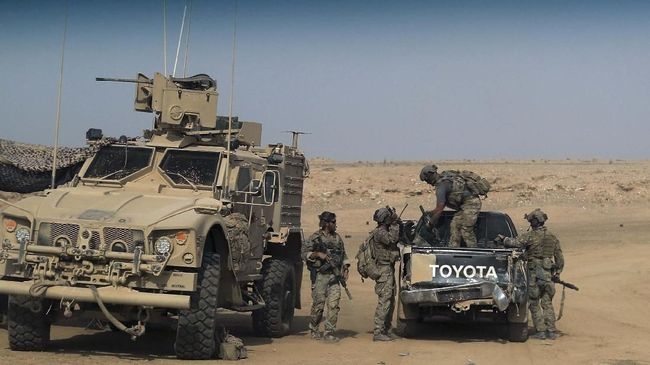 Pasukan Kurdi-AS Kesulitan Gempur Pertahanan Terakhir ISIS