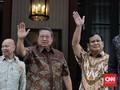 SBY Tonton Debat Capres Perdana dari Kediamannya