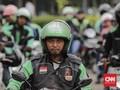 Trik Pengemudi Ojol Agar Kantong Tak Kempis di Musim Hujan