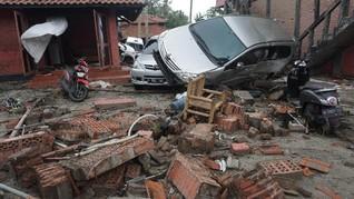 Panglima TNI Nyatakan Tsunami Tak Rusak Jalan di Anyer