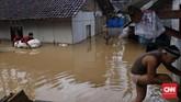 Lokasi KampungKadugarengtak begitu jauh dari pantai. Dekat pula dari Kampung Sambolo yang luluh lantak akibat tsunami dari Selat sunda. (CNN Indonesia/Hesti Rika).