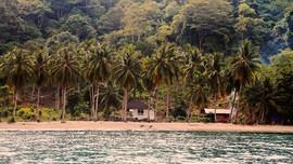 Pantai Pasir Putih Lampung Sepi Pengunjung