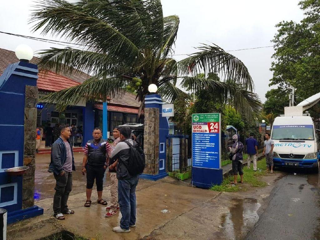 Bencana tsunami yang menyapu wilayah sekitar pantai Anyer-Carita, Banten dan lampung bagian selatan meluluh lantakan wilayah disepanjang garis pantai. Foto: dok. Telkomsel