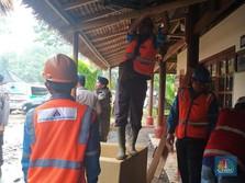 Petugas Terus Evakuasi Korban Jiwa Tsunami Selat Sunda