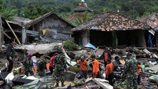 Detik-detik Longsor Anak Krakatau Sebelum Tsunami Selat Sunda