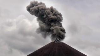 Anak Krakatau Naik Status ke Siaga, Warga Diminta Menjauh