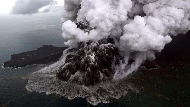 Pemicu Tsunami Selat Sunda Longsor Barat Daya Anak Krakatau
