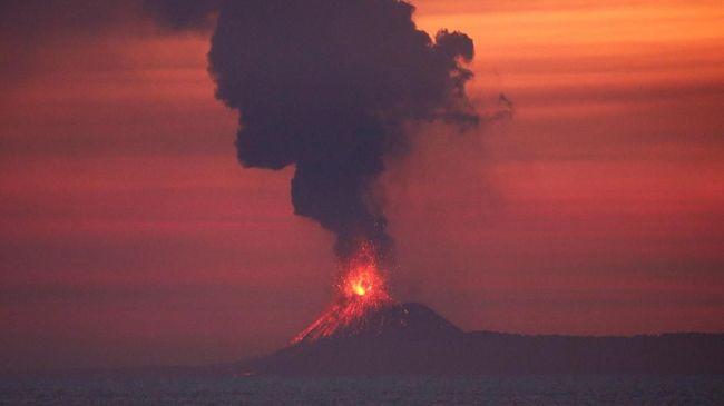 Badan Geologi: Tak Ada Potensi Letusan Besar Anak Krakatau